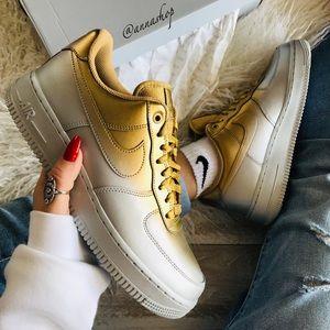 NWT Nike Air Force 1 LX